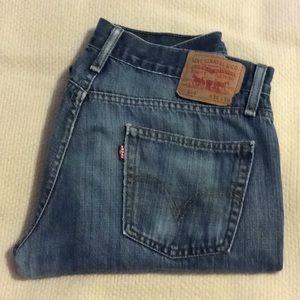 EUC Mens Levi jeans, size 34 by 36